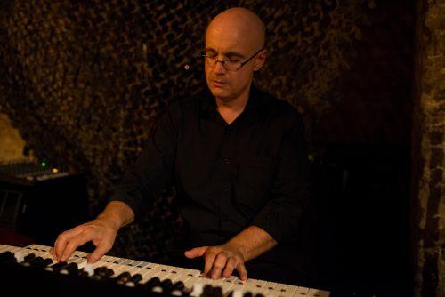 Dr. Darren Heinrich